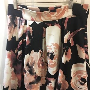 Floral Pattern Polyester Pleated Skirt